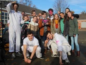 """Rode Neuzen Heldendag op SMC Lede: """"Elke leerling is een roze dinosaurus"""""""