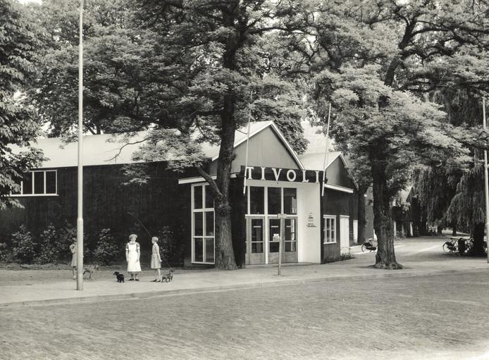 Het oude OudeTivoli in 1955.