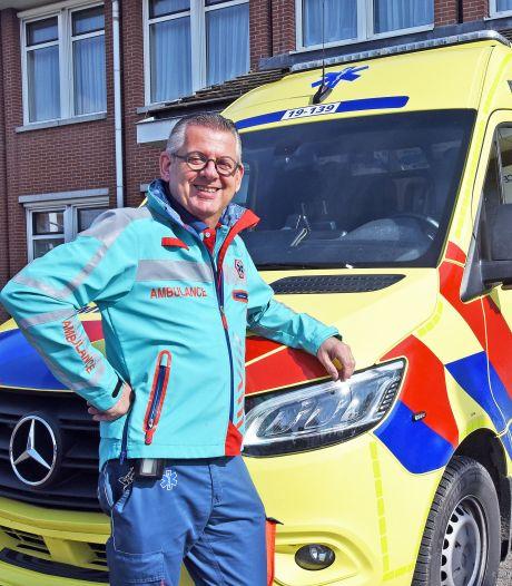 Peter Warrens stapt na bijna veertig jaar uit de ambulance: 'Je moet de knop kunnen omdraaien'