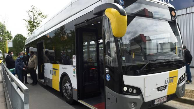 """Nieuwe bushaltes langs Leopoldlaan (N9) ter hoogte van Balgerhoeke: """"Dit wordt een Hoppinpunt"""""""