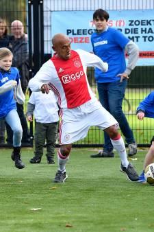 Kinderen in De Glind lucky met bezoek Ajax