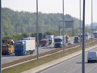 Verkeershinder op E19 in Sint-Job na ongeval