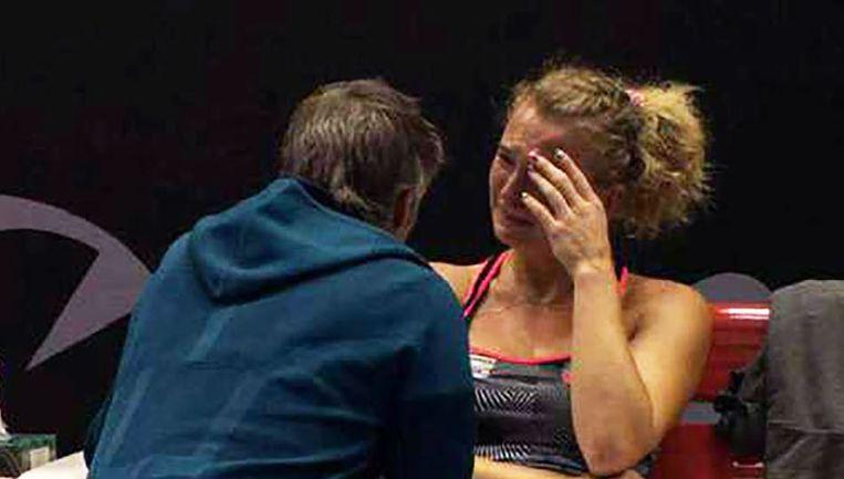 Katerina Siniakova in tranen.