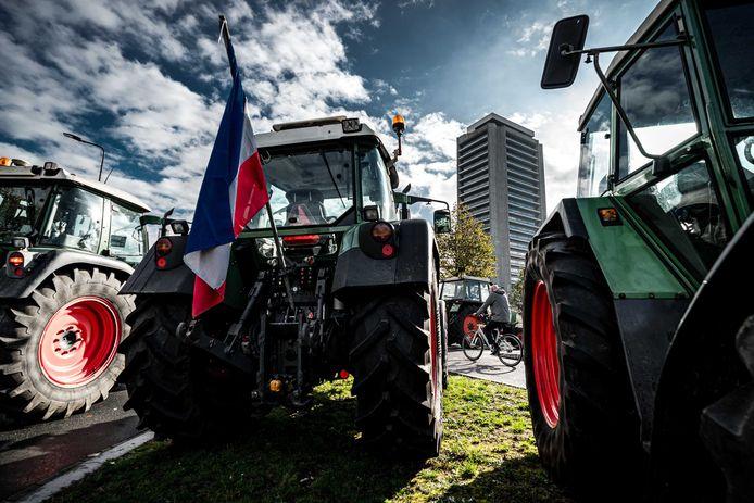 Boeren protesteerden eerder deze week al bij het provinciehuis in Den Bosch tegen de strenge milieueisen.