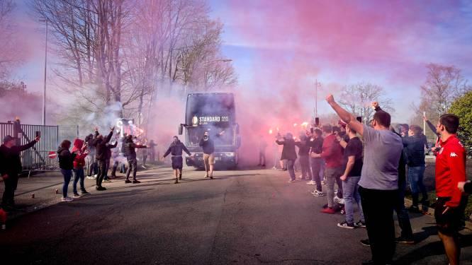 Bengaals vuur en luide gezangen: Standard-fans juichen ploeg massaal toe bij vertrek naar Brussel