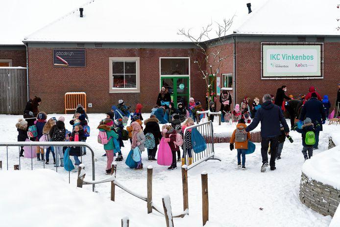 Vanwege corona moest de Borgesiusstichting eerder al maatregelen treffen en ook de komende week wordt noodgedwongen thuisonderwijs gegeven aan een groep leerlingen van basisschool Vinkenbos.