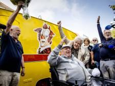 Gemist? Megavangst cocaïne in Rotterdamse haven en jarige clown Bassie (86) geniet van bijzonder cadeau