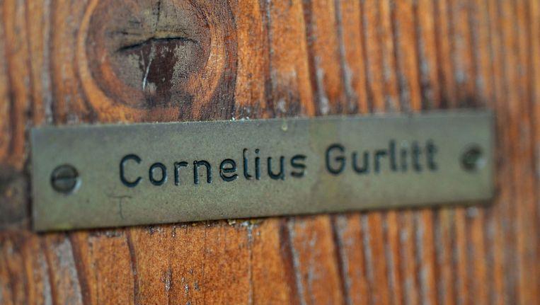 De voordeur van Cornelius Gurlitt bij zijn huis in Salzburg. Beeld AFP