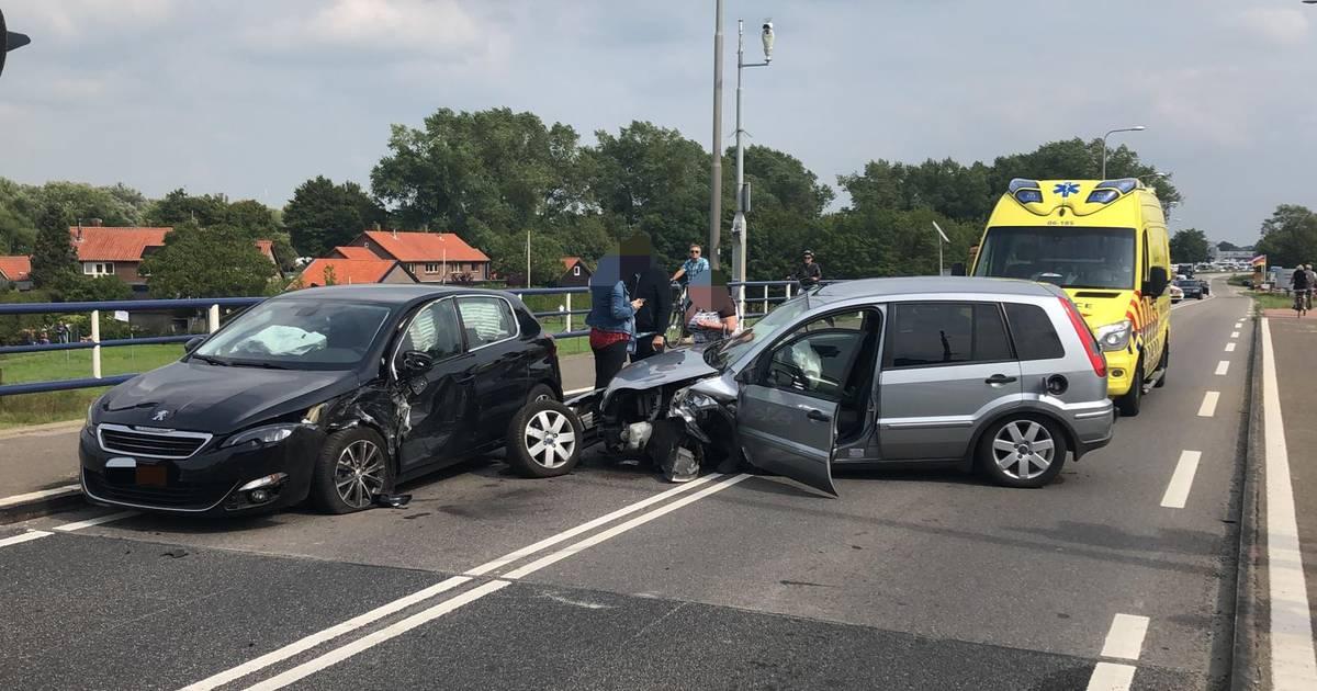 Toevoerroute naar Lowlands via N309 bij Elburg dicht na ongeluk.