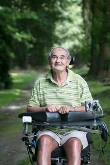 Dwarslaesie na koprol met fietscross, maar Piet (74) is een vechter: 'Ik haal het onderste uit de kan'