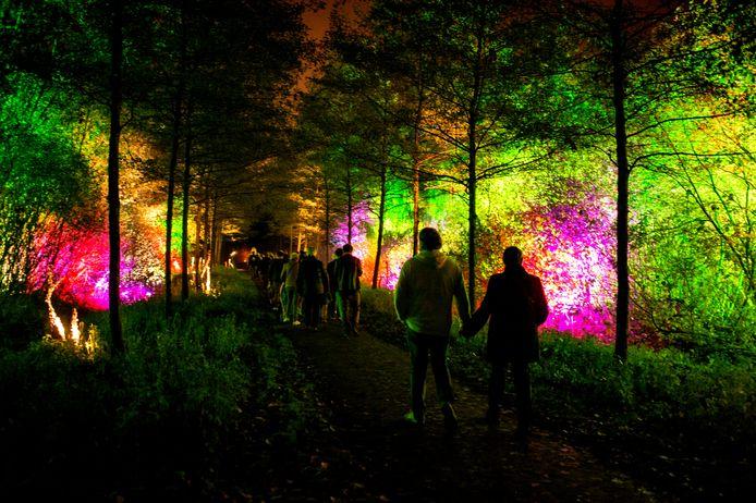 Van 29 oktober tot 14 november 2021 wordt het Rivierenhof in Deurne opnieuw het decor voor een feeëriek totaalspektakel.