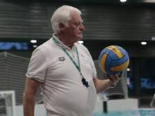 In het water zag je hem zelden, maar toch was Jan Post (79) niet weg te denken uit de waterpolowereld