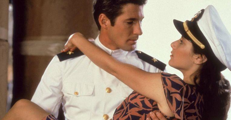 Richard Gere en Debra Winger in An Officer and a Gentleman van Taylor Hackford Beeld