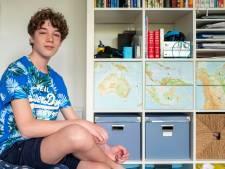 Een half jaar de wereld over zeilen en de studieboeken gaan gewoon mee