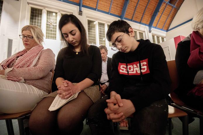 De Haagse Protestantse Kerk (PKN) wil met een doorlopende kerkdienst voorkomen dat de Armeense Hayarpi Tamrazyan en haar familie worden teruggestuurd naar Armenië.