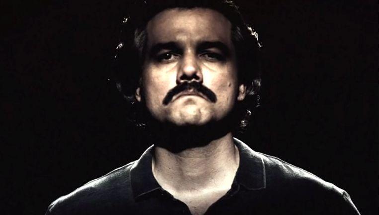 Wagner Moura speelt in Narcos de rol van drugsbaron Pablo Escobar. Beeld YouTube