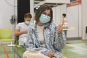 Flo Vanoverberghe is blij dat ze zich toch liet vaccineren.