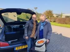 Automaatje in Hof van Twente maakt leven een stuk aangenamer voor Henny (80)