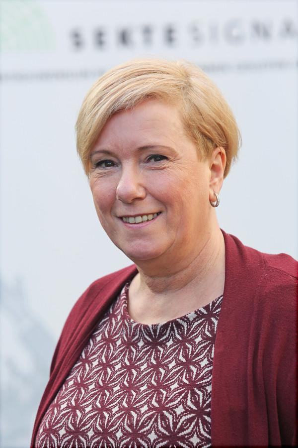 Karin Krijnen, Sektesignaal