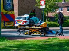 Skater valt hard op Kwekersweg in Amersfoort en moet naar het ziekenhuis