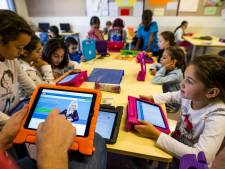 Gratis tablet en fiets voor arme Haagse kinderen