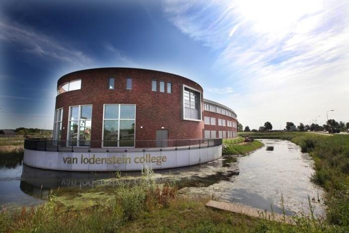 In Kesteren staat de enige reformatorische scholengemeenschap in Rivierenland: het Van Lodenstein College.