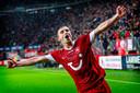 Dusan Tadic viert een treffer tegen Feyenoord.