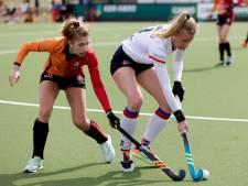 Twee goals van Laurien Leurink doen Oranje-Rood de das om