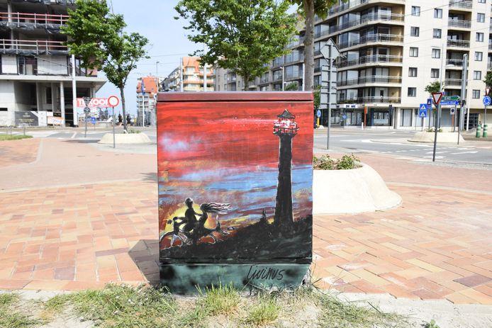 Een van de kunstige elektriciteitskastjes van Tour Elektriek, een bijzondere wandeling door Nieuwpoort-Bad.