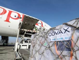 België schenkt alle nog te leveren AstraZeneca-vaccins weg aan internationaal Covax-programma, eerste 393.000 dosissen verscheept naar vier landen