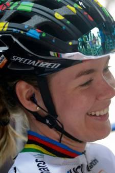 Anna van der Breggen verdwijnt voor het WK in de coulissen