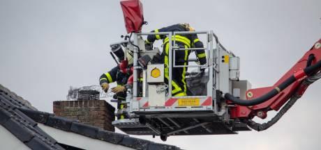 Schoorsteenbrand door vogelnestje in Tilburg