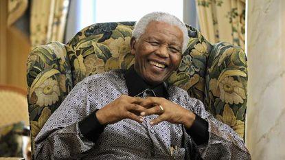"""""""Mandela kreeg wapentraining van Mossad"""""""