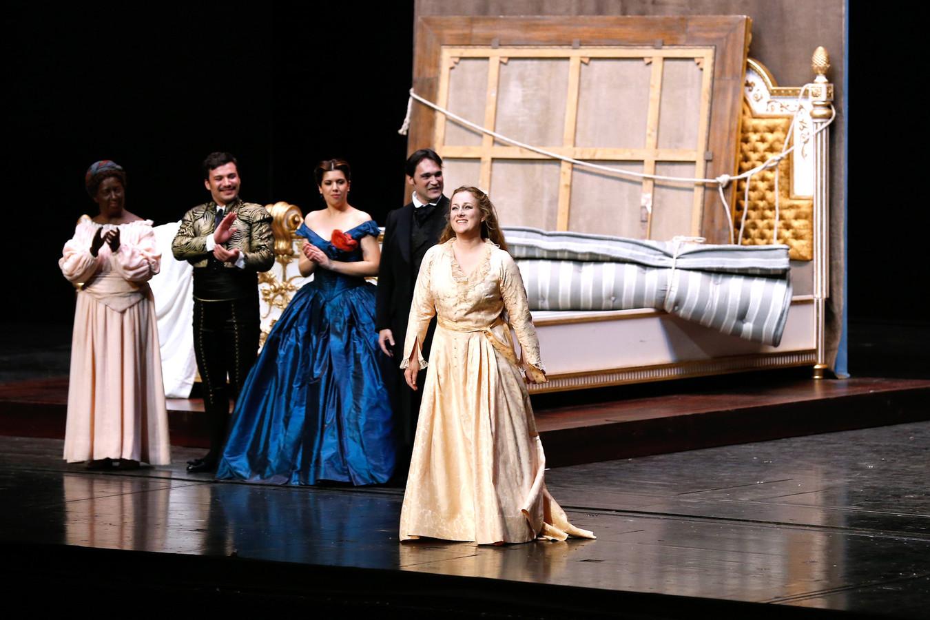 """Une représentation de la """"Traviata"""" devait avoir lieu ce samedi soir."""