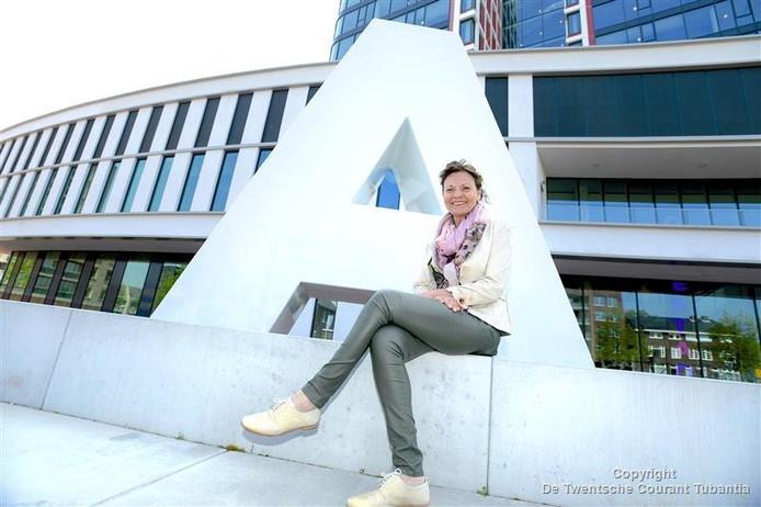 Elf kandidaten willen Anja Timmer opvolgen als wethouder in Almelo