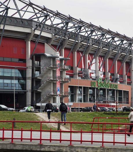 FC Twente dreigt faillissement aan te vragen