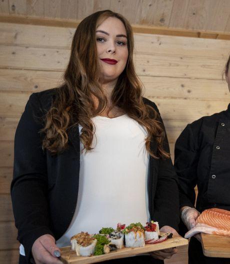 Studente Savannah (24) opent tweede sushizaak in Twente: 'Zoek nog 35 werknemers'