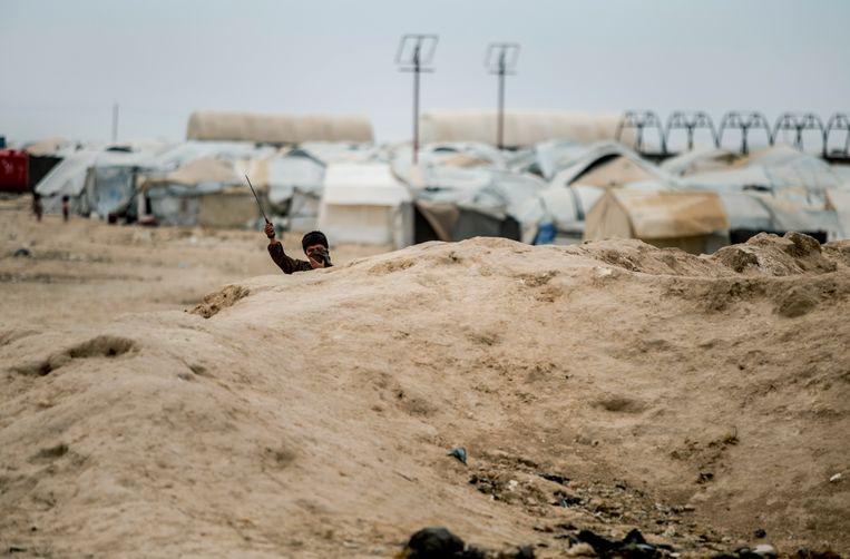 Een jongetje in het kamp Al Hol.  Beeld AP