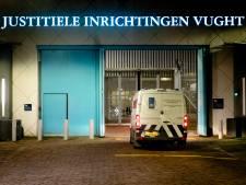 Terreurverdachte mag niet bellen met advocaat en gaat door het lint: 34.000 euro schade