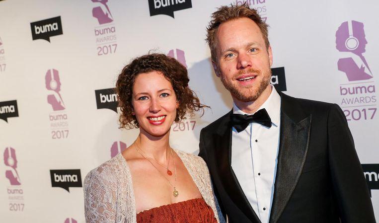 Diggy Dex met partner op de rode loper bij de uitreiking van de Buma Awards. Beeld anp
