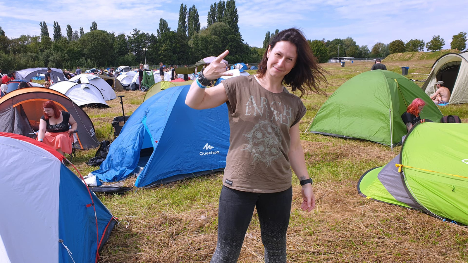Evelyne Roos uit Herent is 'héél enthousiast' om nog eens op een festival te zijn.