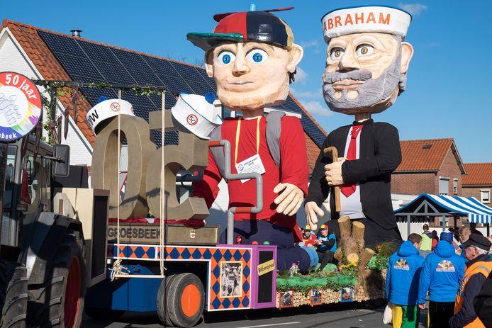 De carnavalsoptocht in Breedeweg.