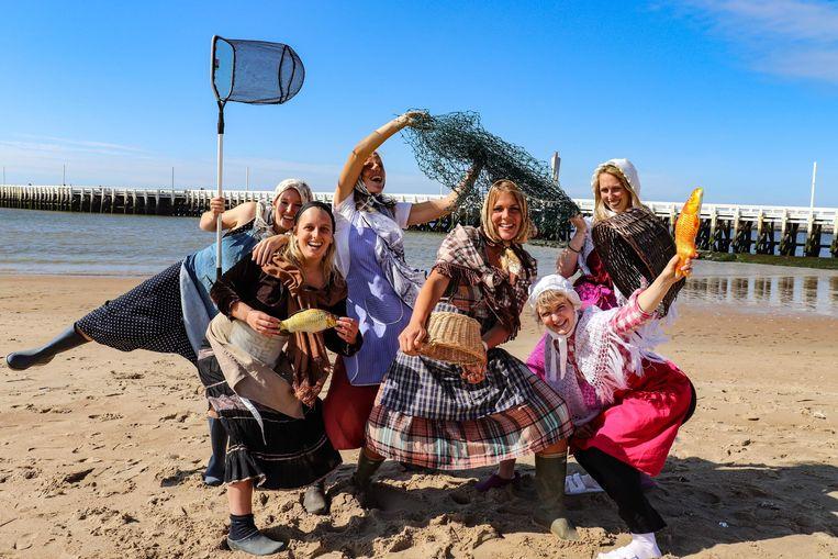De dames van de Ostendse Viswuven