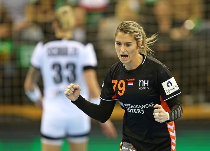 23.03.2019, Handball Frauen, Länderspiel, Deutschland - Niederlande, in der EWE Arena Oldenburg. Estavana Polman (Niederlande) jubelt *** 23 03 2019 Handball womens international Germany Netherlands at the EWE Arena Oldenburg Estavana Polman Netherlands cheers