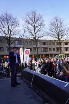 Thierry Baudet oogst applaus in Spijkenisse omdat hij zich niet laat vaccineren