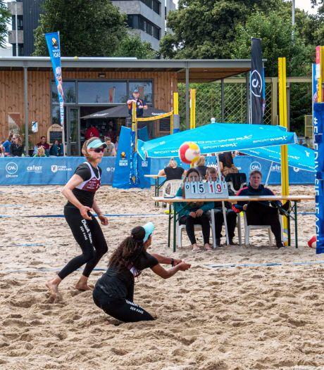 Aces en smashes in het Spoorpark: eredivisie beachvolleybal doet Tilburg aan