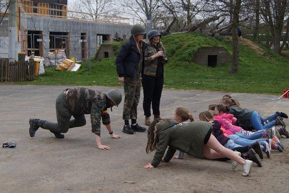 Wie in het leger wou, moest uiteraard eerst wat discipline tonen.