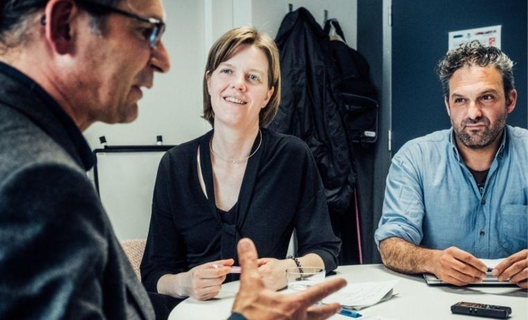'Wouter Arrazola (rechts): 'De helft van de Belgen heeft overgewicht.' Sara Willems: 'En de Waalse mannen scoren het slechtst.' Beeld wouter van vaerenbergh