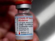Le vaccin Moderna approuvé par le  régulateur européen pour les 12-17 ans