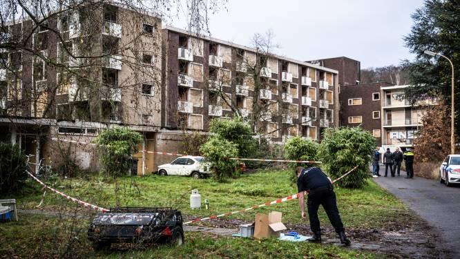 Twee gewonden bij inval na gooien brandbommen door kraker: 'Dit gun je hem natuurlijk niet'